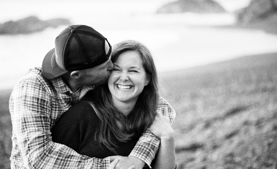 engagement photography in shelter cove ca